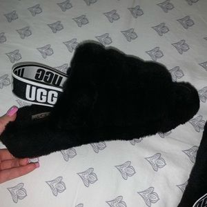 Brand new uggs sandals slippers